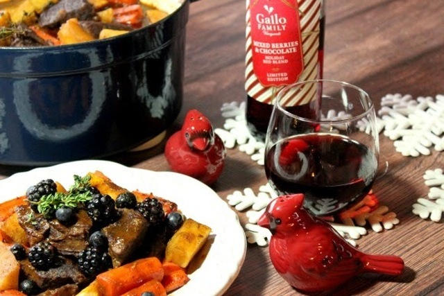 Holiday Braised Short Ribs for #SundaySupper - Memorable Meals and Traditions