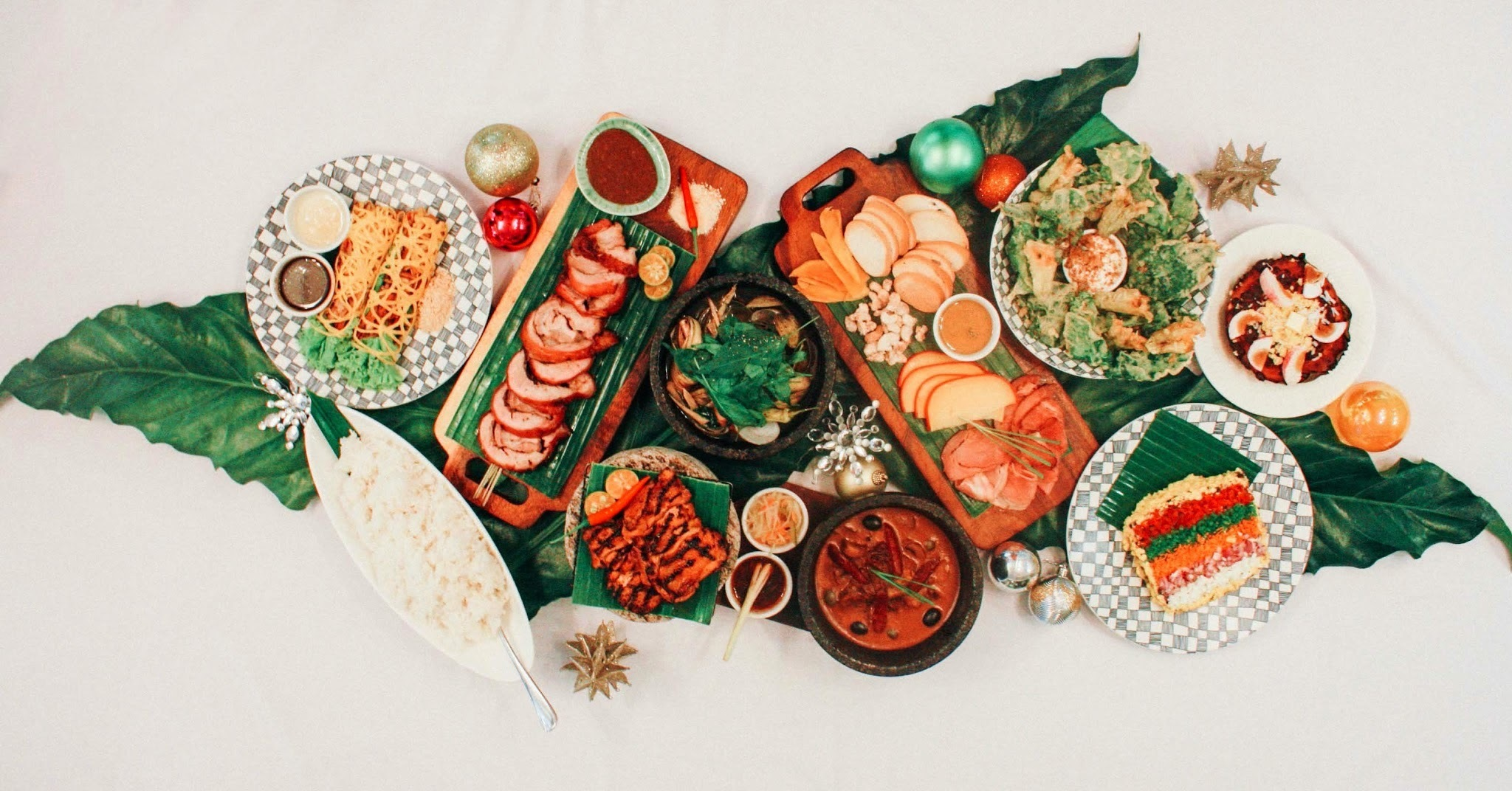 Where to Get Christmas Food Packages for Parties