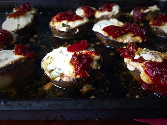Cream cheese and sundried tomato stuffed grilled mushrooms | my version