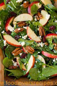 EASY SPINACH SALAD WITH PECAN AND APPLES