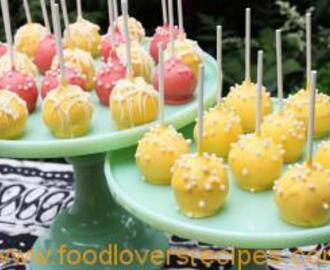 LEMON BUTTERMILK CREAM CHEESE CAKE POPS