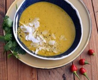 Vegan coconut squash soup w/ turmeric and tahini