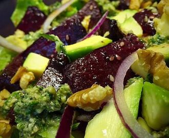 Beetroot and Avo salad / my recipe
