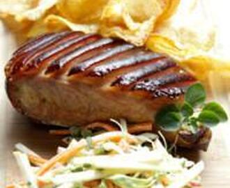 BRAISED PORK BELLY WITH AN APPLE SLAW AND POTATO CHIPS