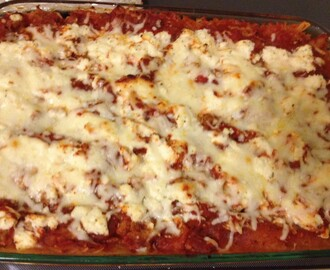 Lightened-up Italian: Spaghetti Squash Sausage Lasagna!