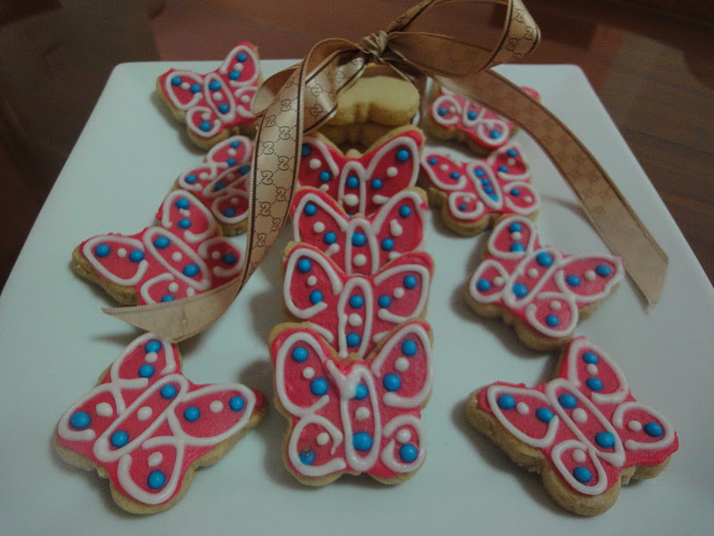 BUTTERFLY ALMOND COOKIES