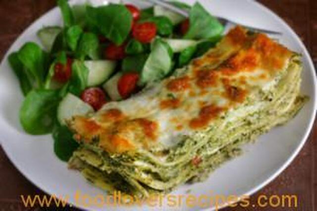 GREEN LASAGNA WITH SPINACH AND MUSHROOMS