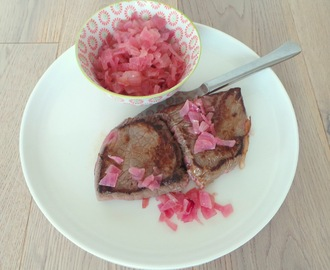Pavés de rumsteck aux oignons rouges confits (Pavers of rump with Candied Red Onions)