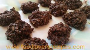 NO BAKE CHOCOLATE OATS COOKIES