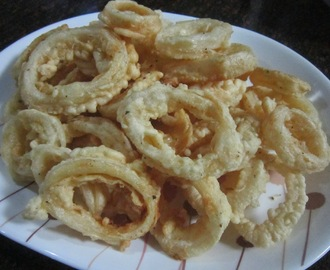 CRISPY SQUID RINGS (CALAMARES)