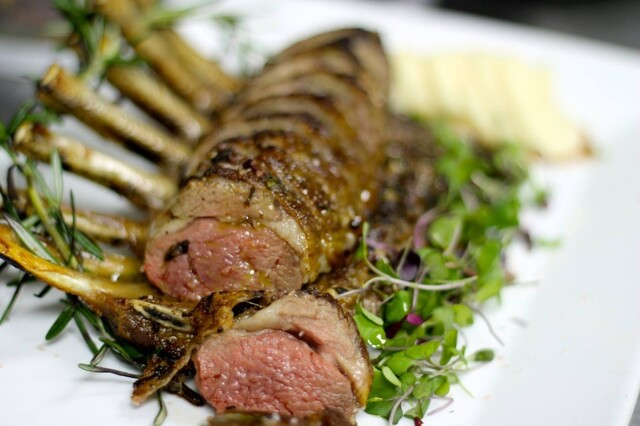 Herb Crusted Rack Of Lamb With Mint Chutney