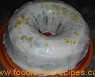 COLLEEN'S CARROT CAKE WITH CREAM CHEESE FROSTING