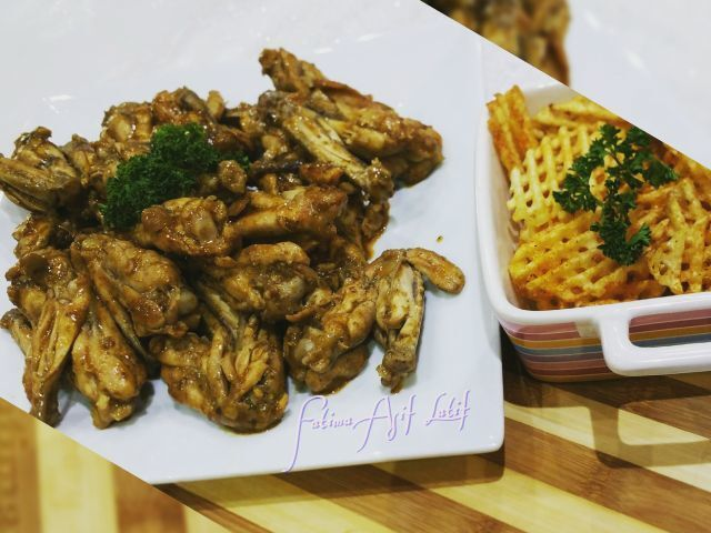 Chicken wings with aromatic potato waffle crisps  Recipe