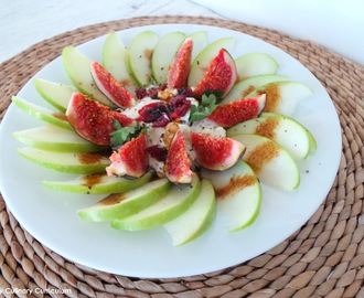 Salade de pommes Granny Smith au cottage cheese et aux figues (Granny Smith apple salad with cottage cheese and figs)
