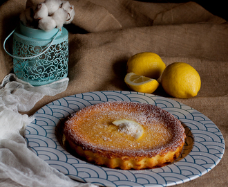 Coconut and lemon impossibile pie di Donna Hay dolce senza lievito