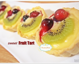 Sweet Fruit Tart