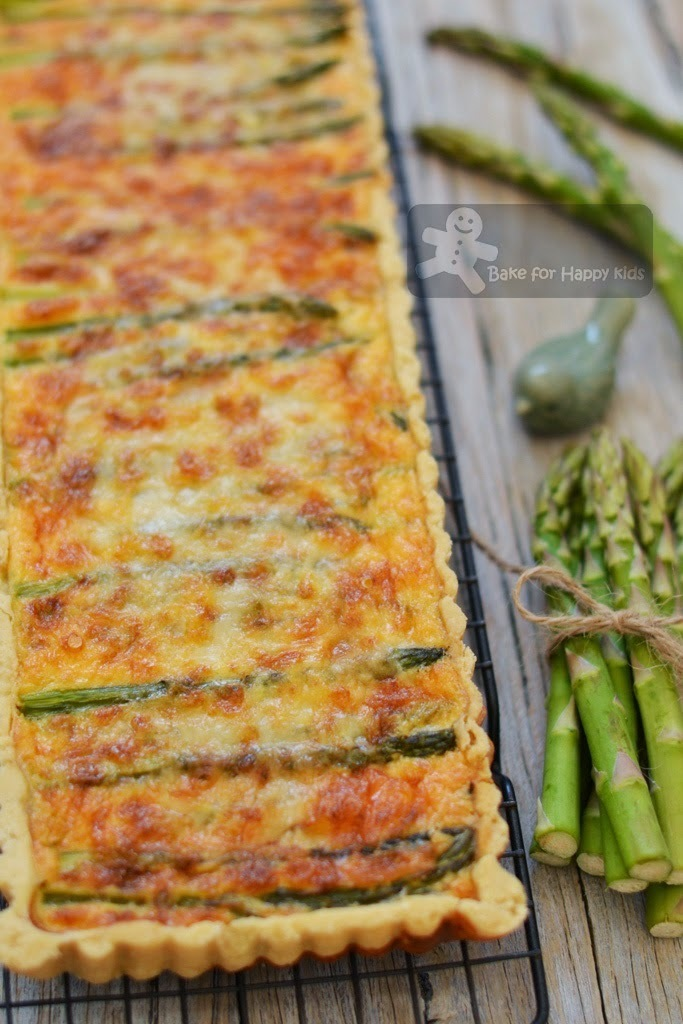 A Taste of Spring: Asparagus and Spring Onion Tart (Gordon Ramsay)