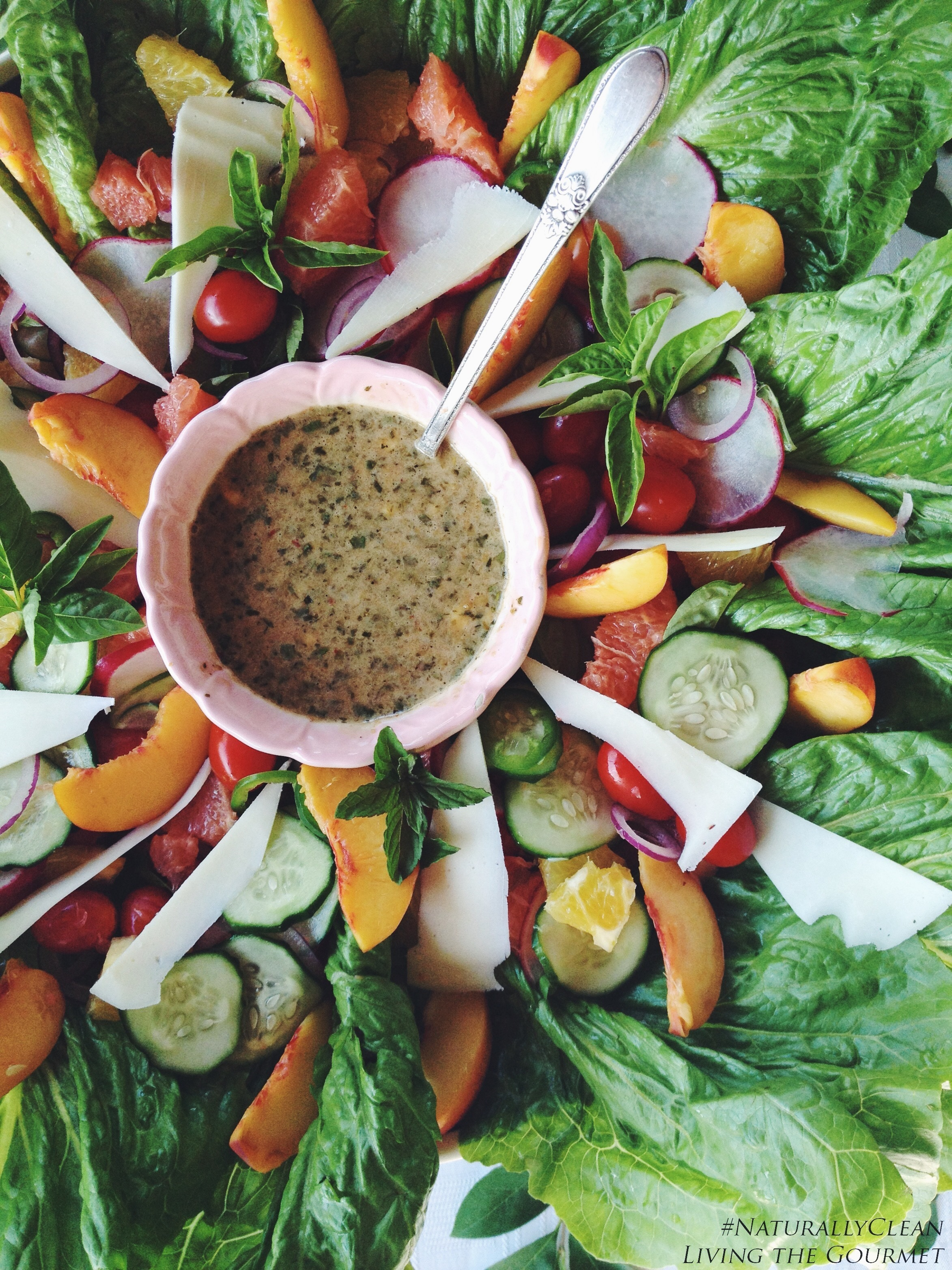 Fresh Citrus Salad with Balsamic Honey Vinaigrette Dressing