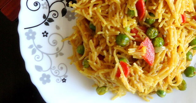 Indian Breakfast Recipe- Semolina Vermicelli Poha