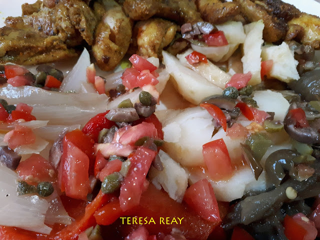 ESCALIVADA (ROAST VEGETABLES) WITH TOMATO SALSA & MOROCCAN CHICKEN