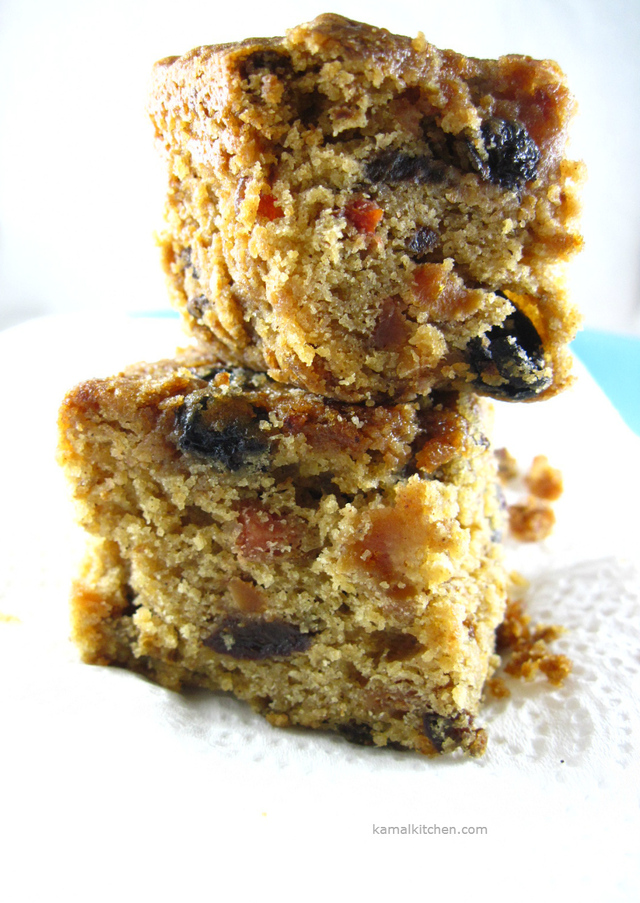 Christmas Fruit Cake – A Christmas Miracle Cake