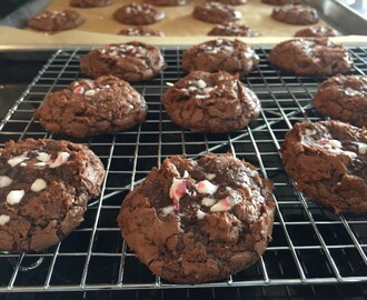 Chocolate Peppermint (Brookie) Cookies