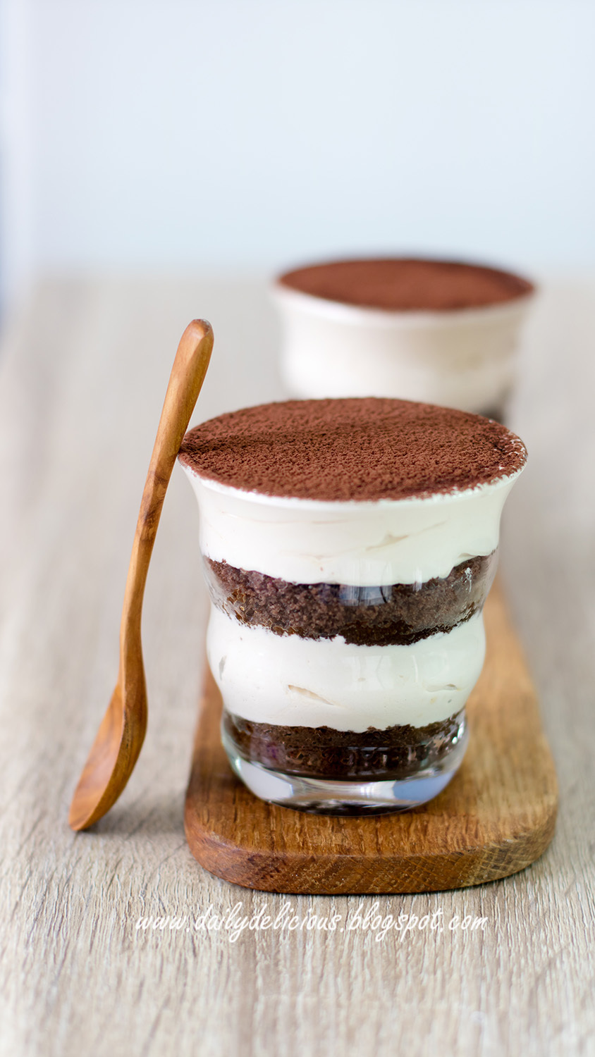 Tiramisu (No cheese version): Easy happy treat!