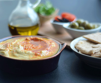 Garlic and Paprika hummus