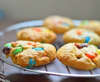 Easy and healthy M & M cookies recipe - Baking for kids