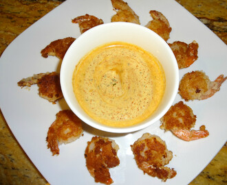 Paleo Coconut Shrimp with Spicy Dipping Sauce