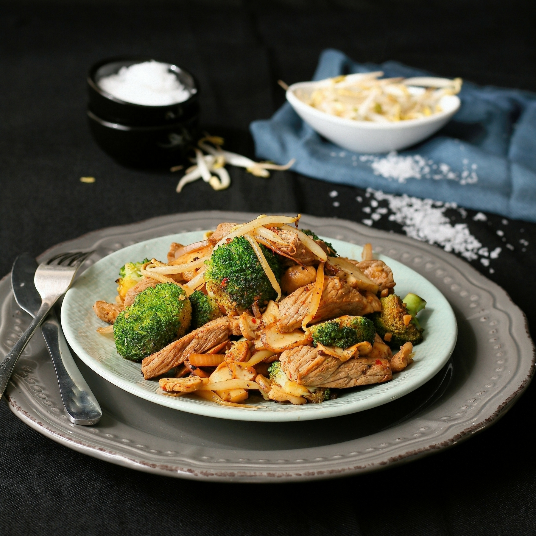 Low Carb Chilli Beef and Vegetable Stir Fry