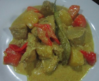 PORK CURRY with EVAPORATED MILK