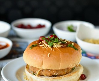 Kutchi Dabeli / Dabeli / Indian Burger