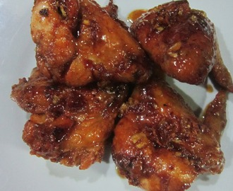 HONEY-BUTTER-GARLIC GLAZE CHICKEN WINGS