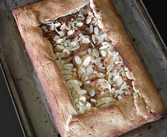 Paleo and Gluten-Free Vegan Rustic Pear Galette
