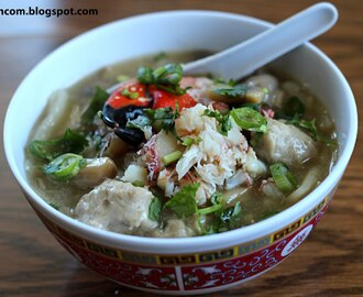 Banh Canh Cua - Crab Noodle Soup