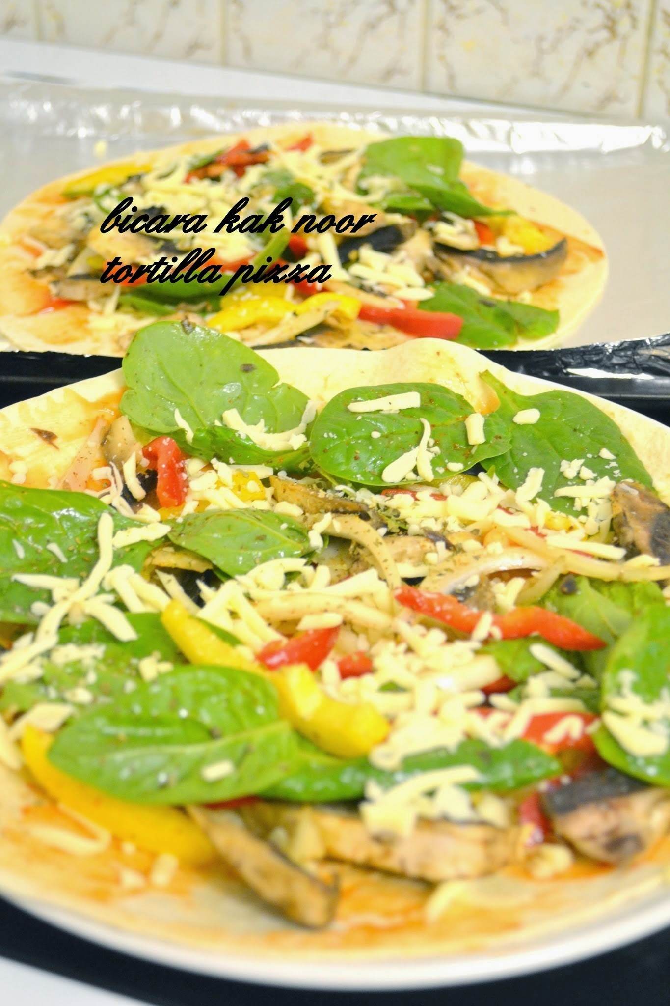 Vegetarian Tortilla Pizza Crispy & Sedap