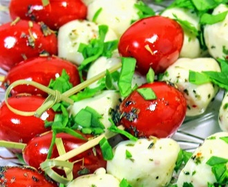 Tomato and Mozzarella Caprese Salad on a Stick - 52 Appetizers Recipe