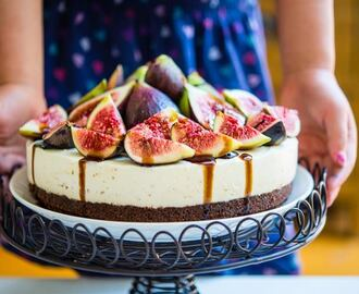 Fig and Vanilla Bean Cheesecake with Balsamic Glaze