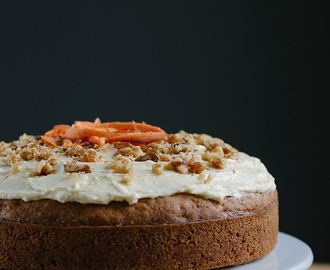 Recept: Carrot cake met roomkaas & walnoten