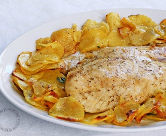 FILETTO DI PESCE PERSICO CON PATATE AL FORNO