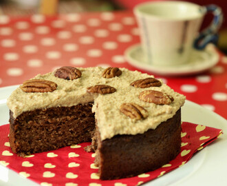 Maple and Pecan Cake (Gluten, Dairy and Refined Sugar free)