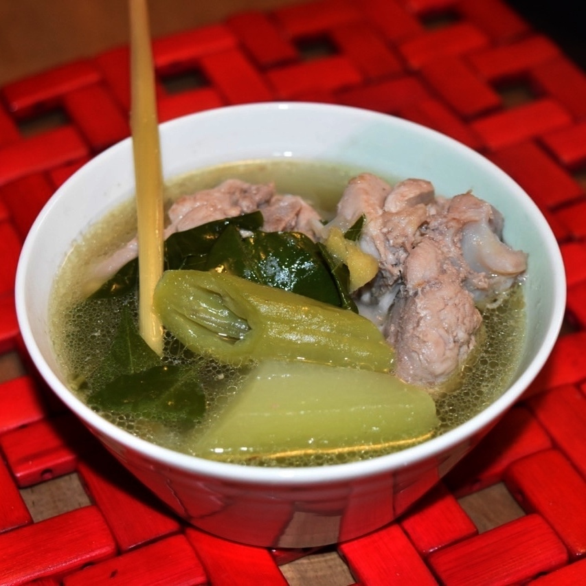 Tinolang Manok with Tanglad (Lemongrass Chicken Soup)