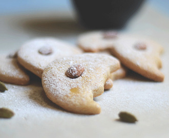 Butter and Cardamom Coffee Cookies