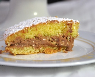 Victoria Sponge Cake All-in-one senza glutine