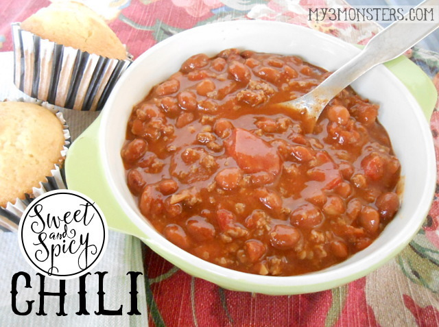 Sweet & Spicy Chili with the World's Best Corn Muffins