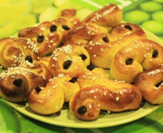 A typical Swedish Christmas pastry: Lussebullar