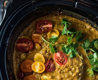 Crock Pot Coconut Lentil Curry