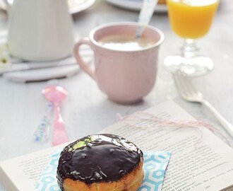 Donuts Boston Cream