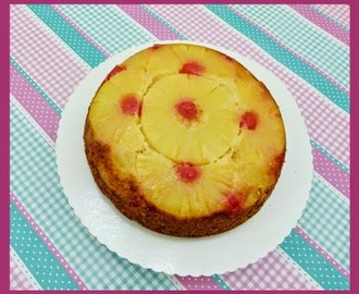 Pineapple Upside Down Cake - We love the 50s!!